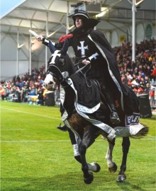 Shane Maley (the Black Knight) on Dusty at a Crusader's game.