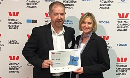 Dave Wilson (Sicon CEO) and Debs McKenzie (General Manager  of Sicon's People & Safety) with the certificate recognising Sicon's finalist status in the ACC Champion Workplace Safety Award.